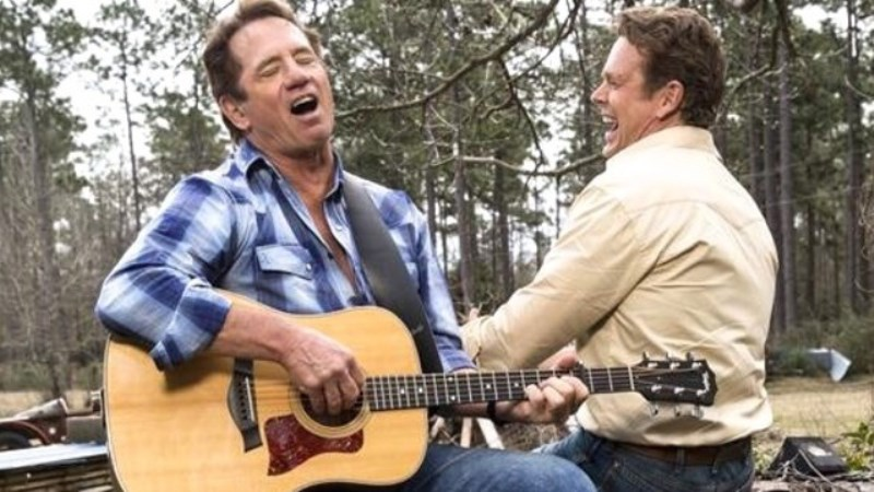 Tom Wopat (Home for Christmas)